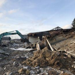 Loomakasvatushoonete kompleksi lammutamine Kehtnas